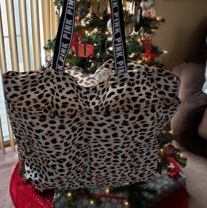 PINK Victoria's Secret Bags - 🌺 PINK Tote 🌺